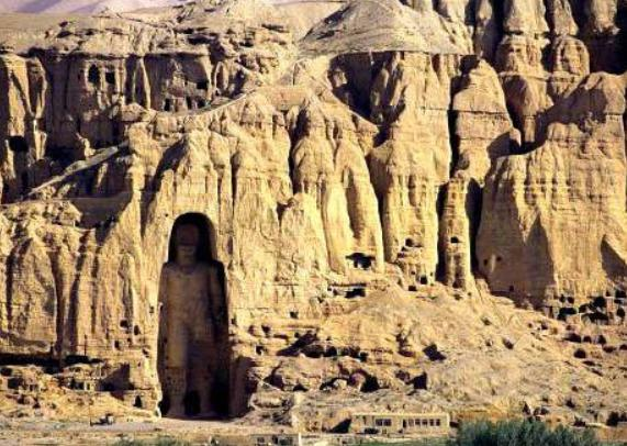 阿富汗大佛巴米扬大佛是谁建造的,为何被炸毁了?