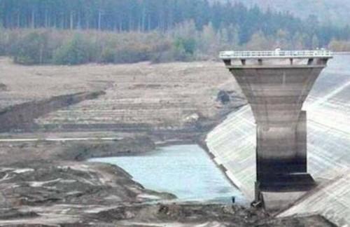 世界上最恐怖的水坝 蒙地赛罗水坝掉下去就会死